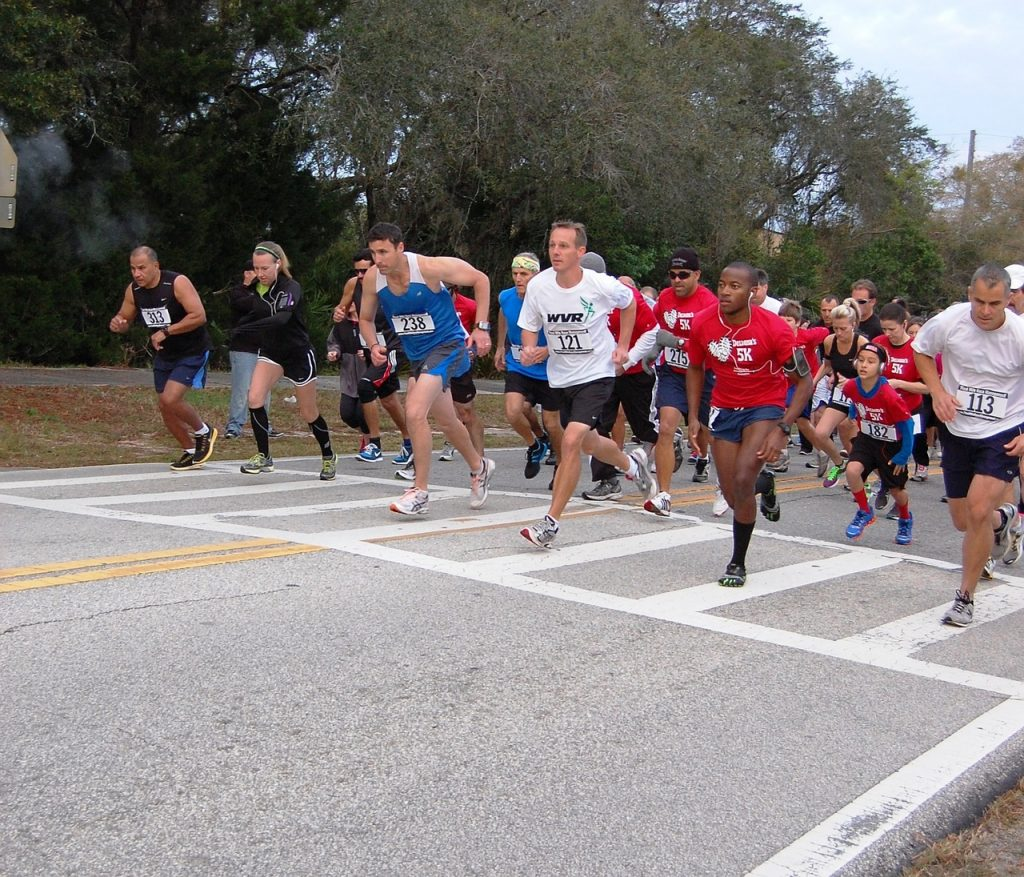 A fun run is a great healthy fundraising activity